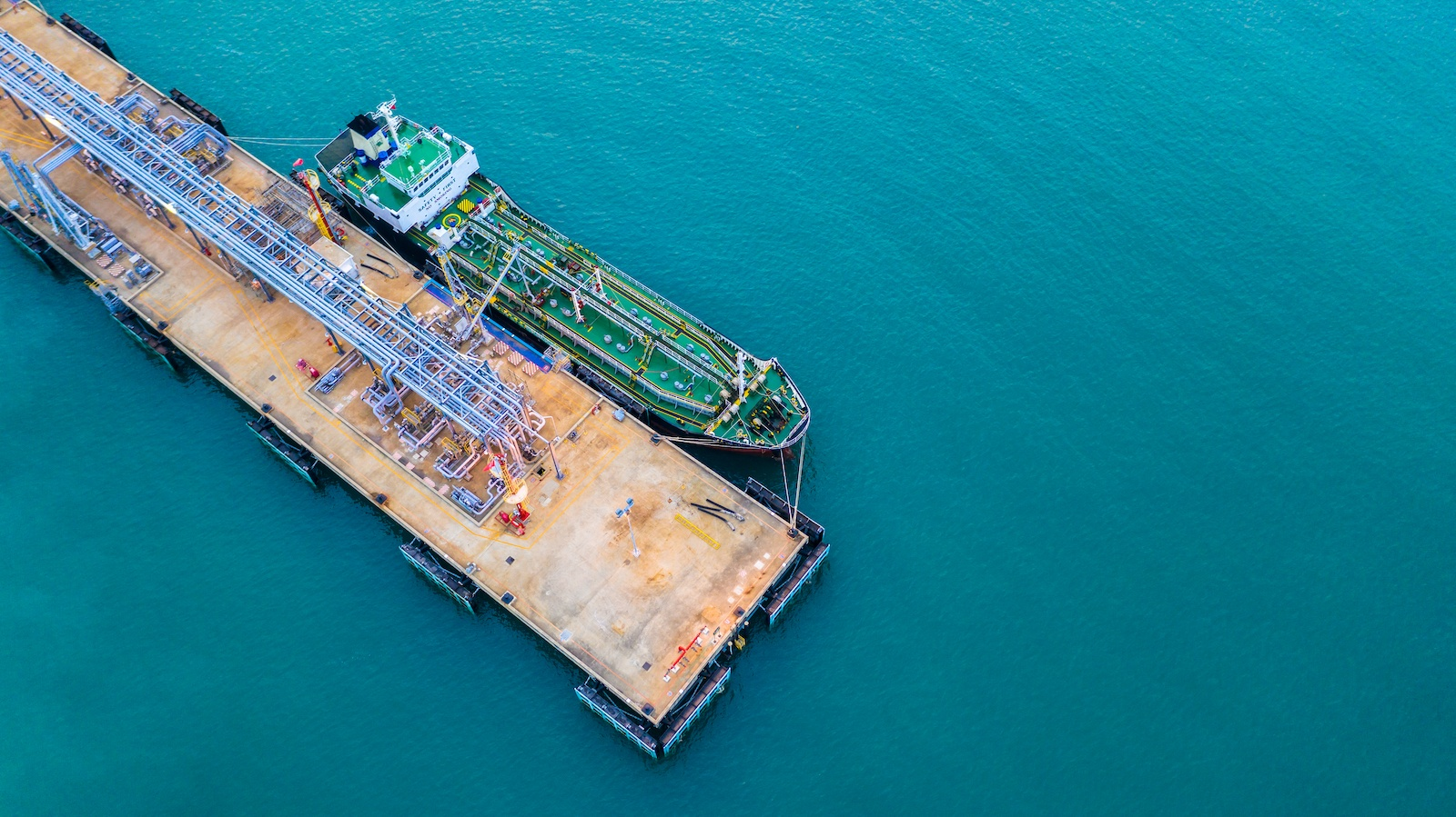 Alert all Shippers! Know all about IMO Sulphur Regulations 2020 now!