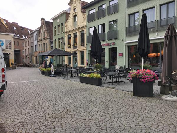 Mechelen Vismarkt Bar Area
