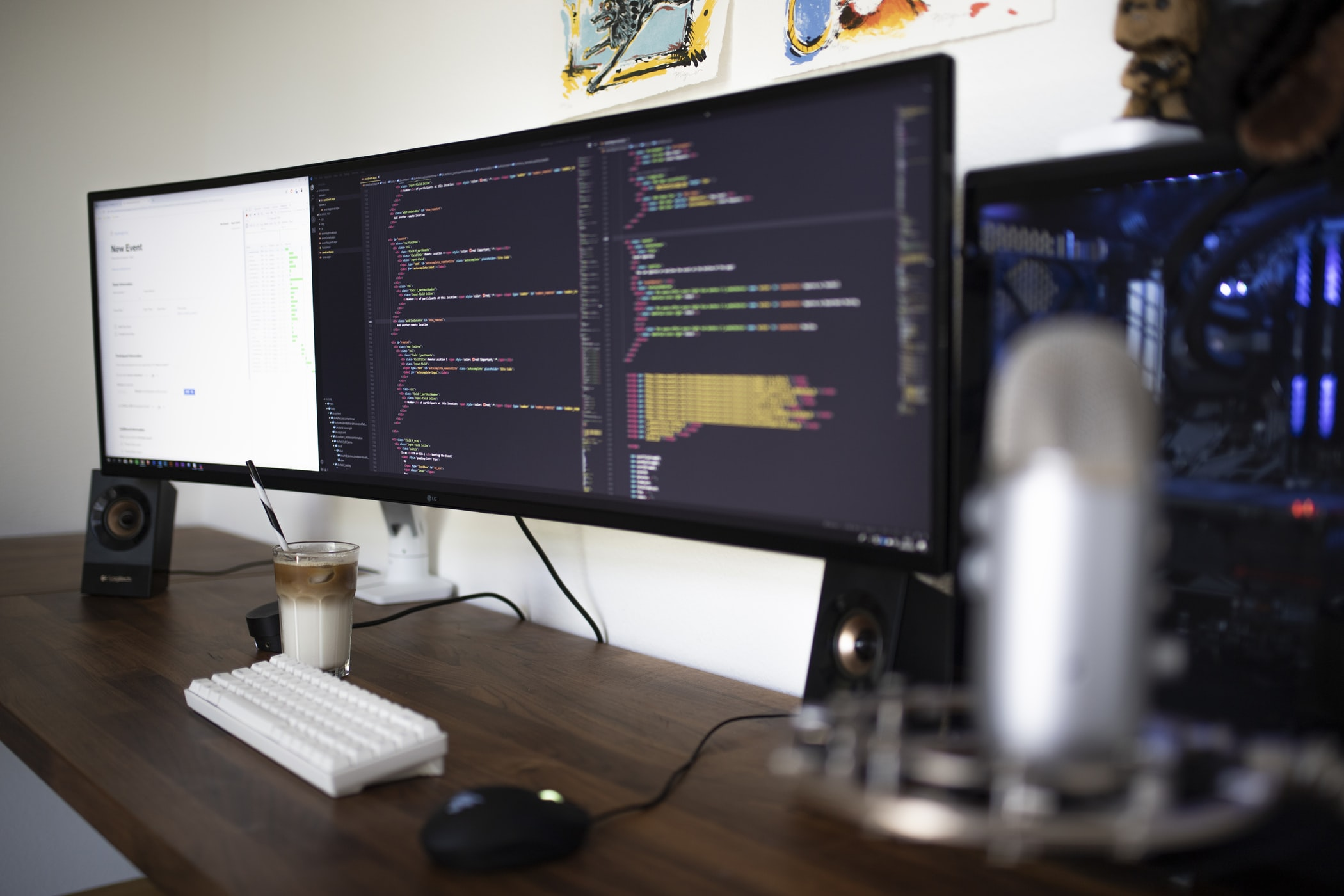Angular JS vs. React JS: Which One to Choose?