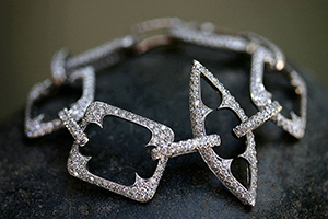 Recycled Platinum Thorn Link Bracelet with Ethically Sourced Diamonds, geo, pave, link, geometric, frame, cut out, flex