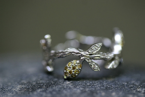 Recycled Platinum Lemon Branch Ring with Ethically Sourced White and Yellow Diamonds, LOML, leaf, leaves, nature, love of my life, fruit