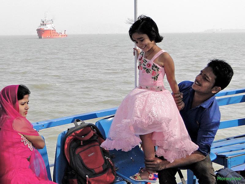 Mumbai_Ferry_2.jpg