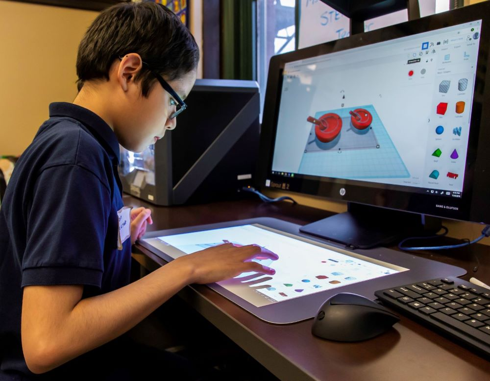 Boeing Awards $1.5 Million to Expand Technology Access for CPS Students