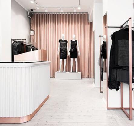 Trasparente Lucido FF6000, Shop Fitting.