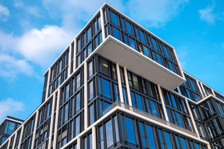 Büro- und-Verwaltungsgebäude-modernes-Büro-im-Modulbau