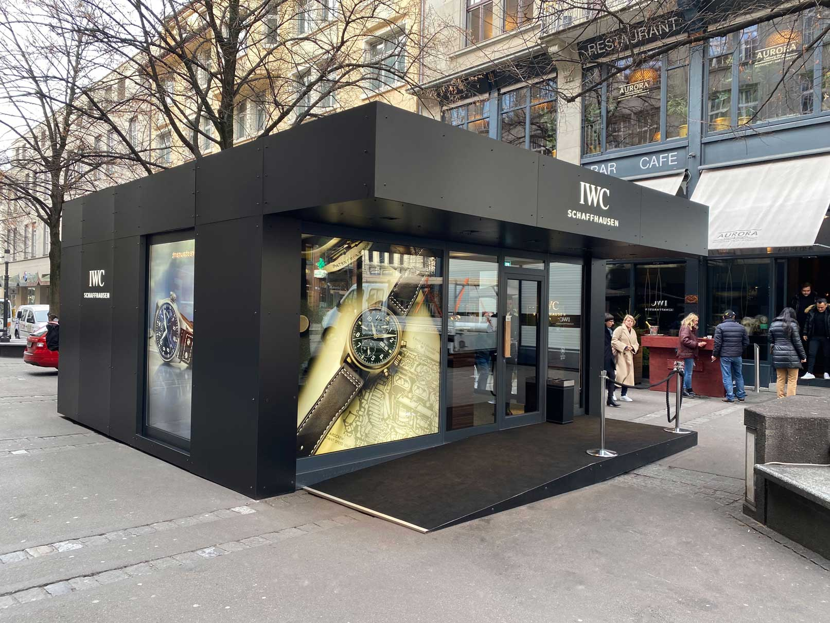 Container Pop Up Store - front