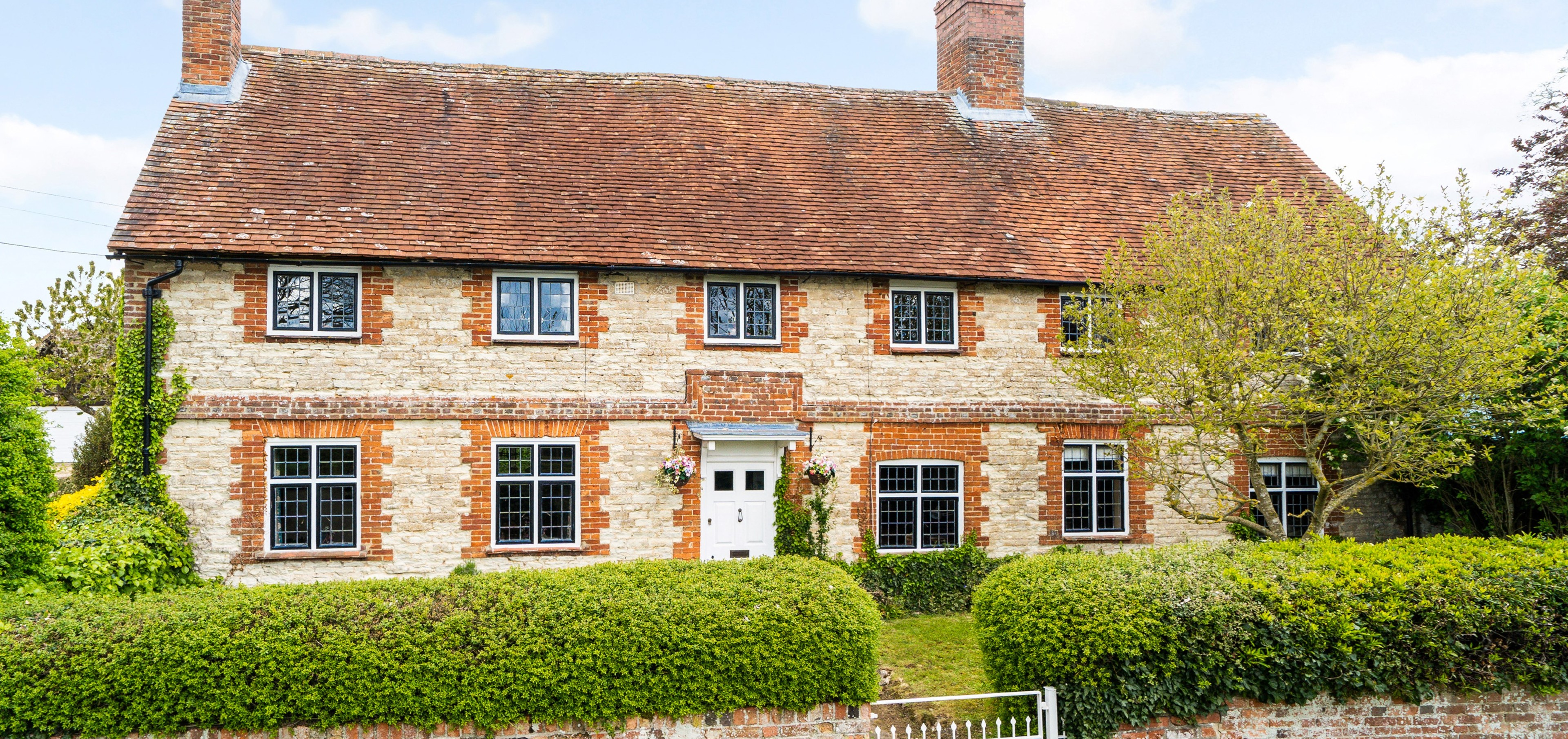 Rustic Family homes with The Country House Department