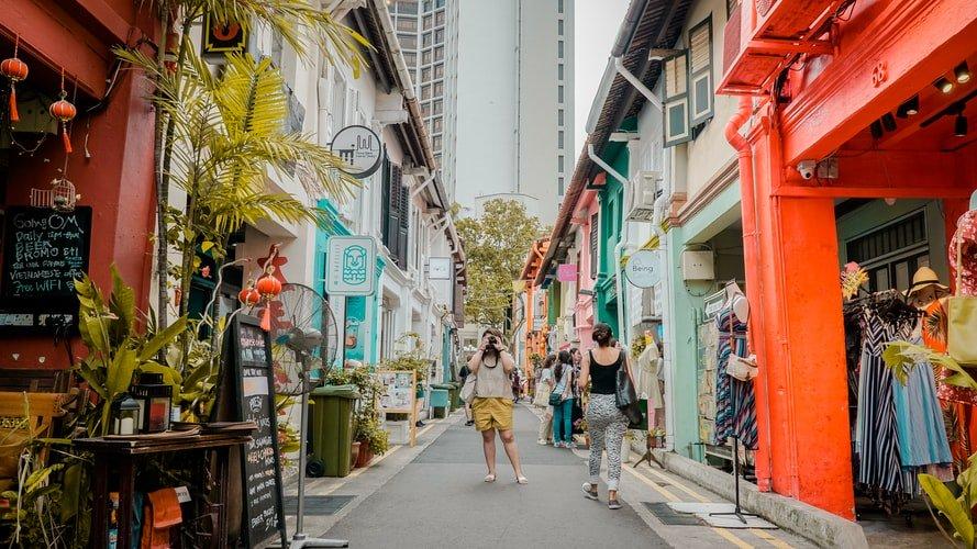 Tourist-in-street