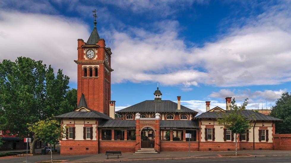 historical courthouse Wagga Wagga
