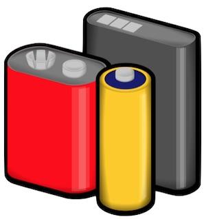 Drei verschiedene Solarbatterien in rot, gelb und grau
