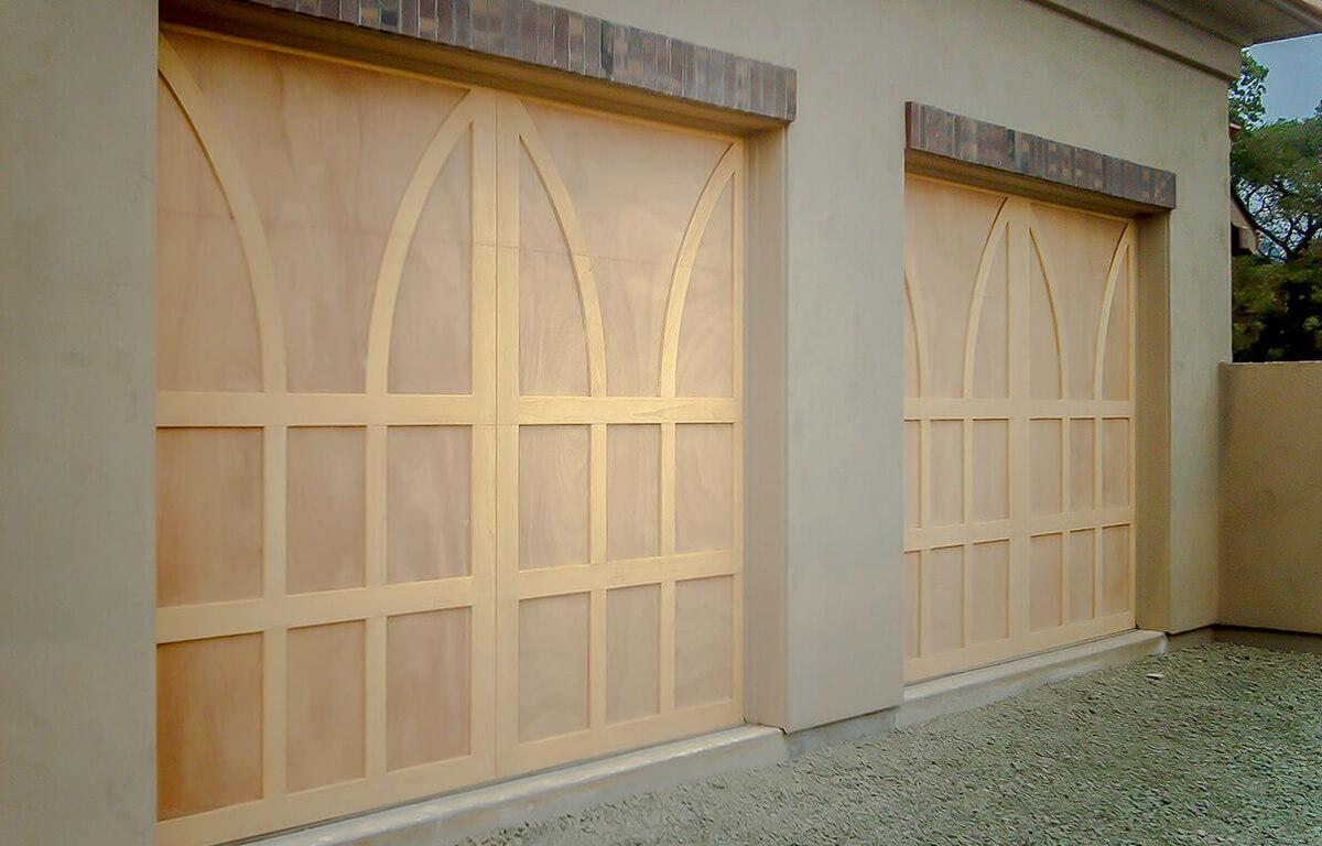 Custom Wood RW Garage Doors
