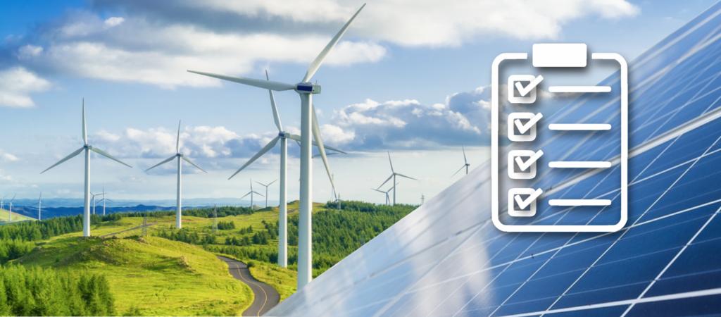 Windkrafträder und Solaranlage in der Natur mit Checklistensymbol, die Grünstrom Kriterien symbolisieren