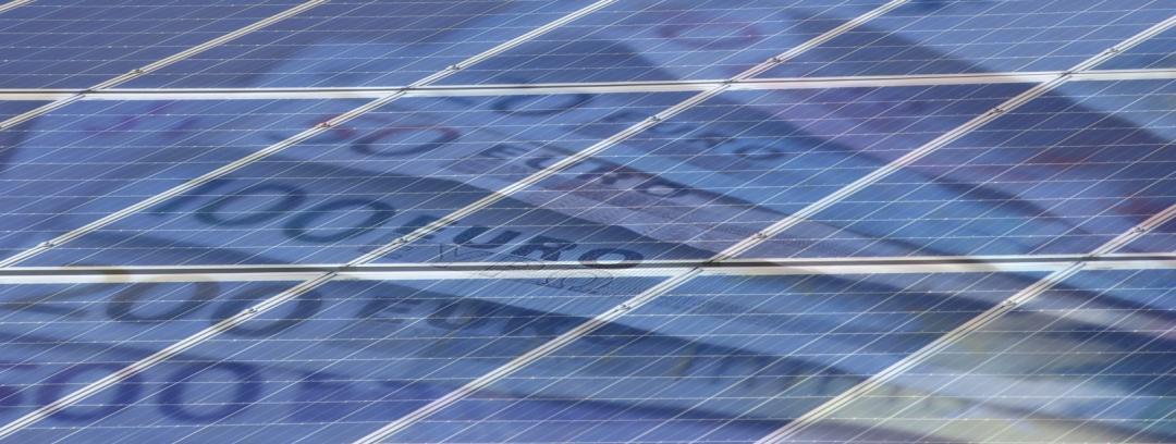 Solarzellen und Euroscheine