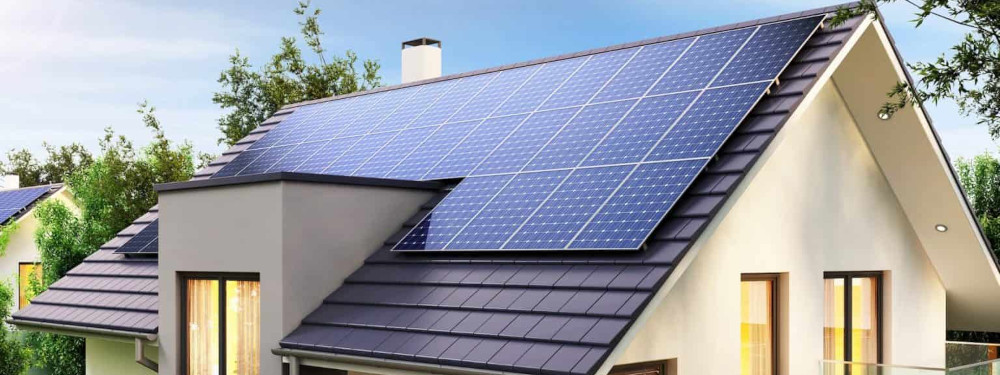 Eine Solaranlage auf einem Hausdach