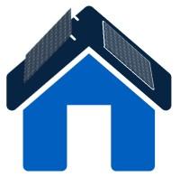 Ein blaues Haus mit aufdach und indach Solaranlage
