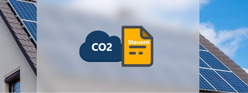 CO2 und Steuer Icons mit Haus im Hintergrund