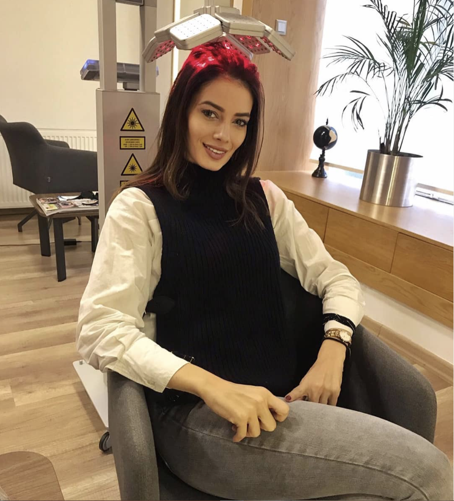 Female laser hair regrowth treatment