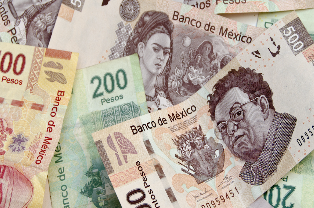 money in Mexico, startup charge card, corporate credit card