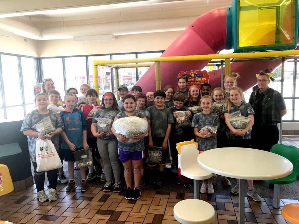 5th grade class collected 64lbs of pop tabs for the RMHC!