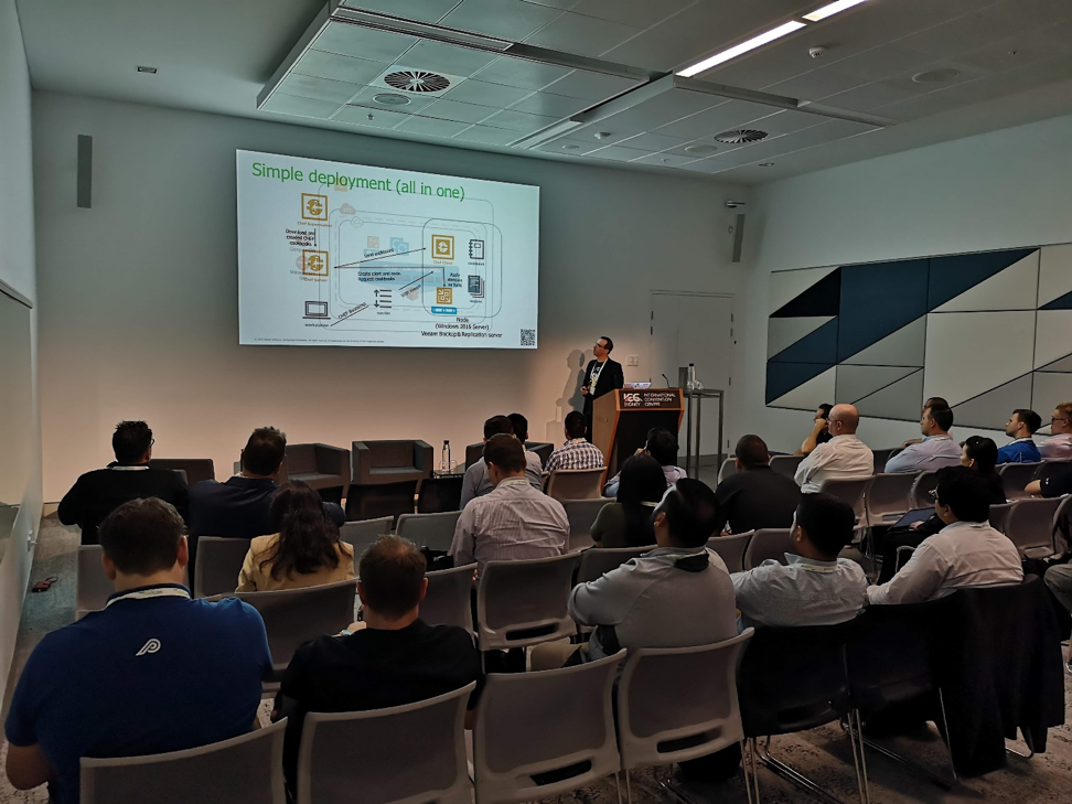 Anthony Spiteri presenting at Sydney VMUG UserCon
