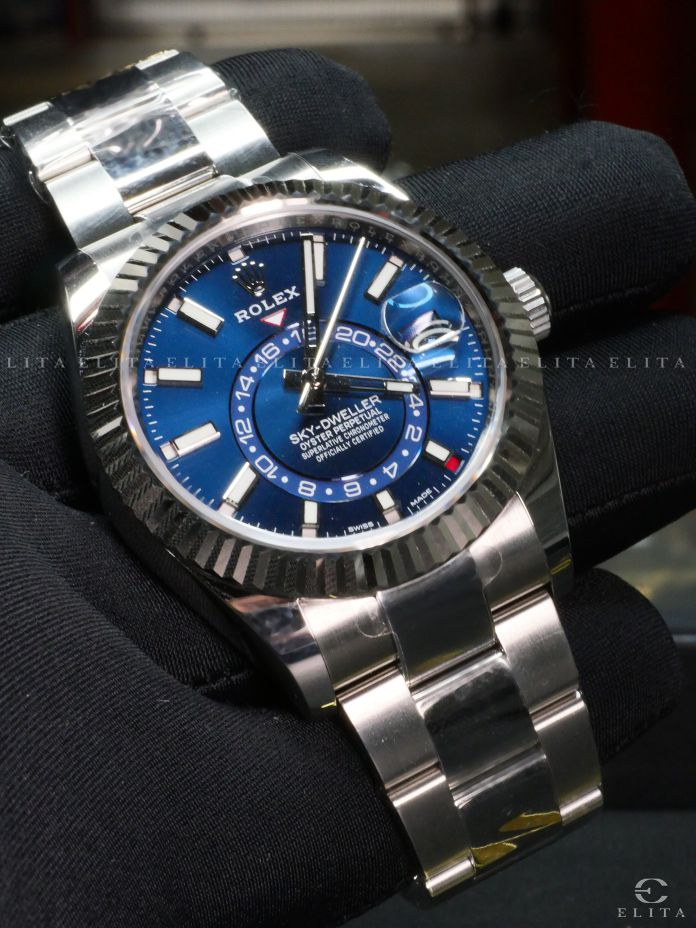 Sky-Dweller 326934 Oystersteel and White Gold Blue Dial