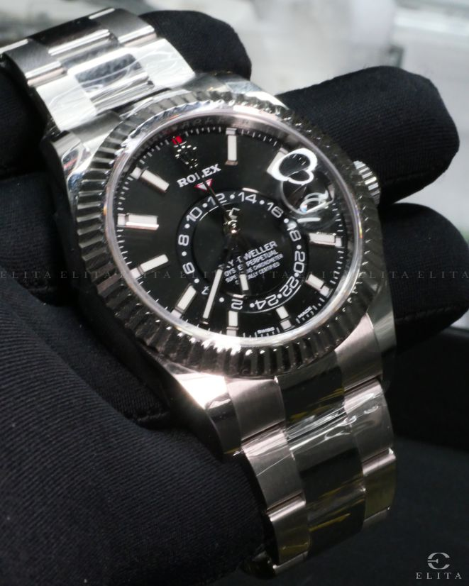 Sky-Dweller 326934-0005 Oystersteel and White Gold Black Dial