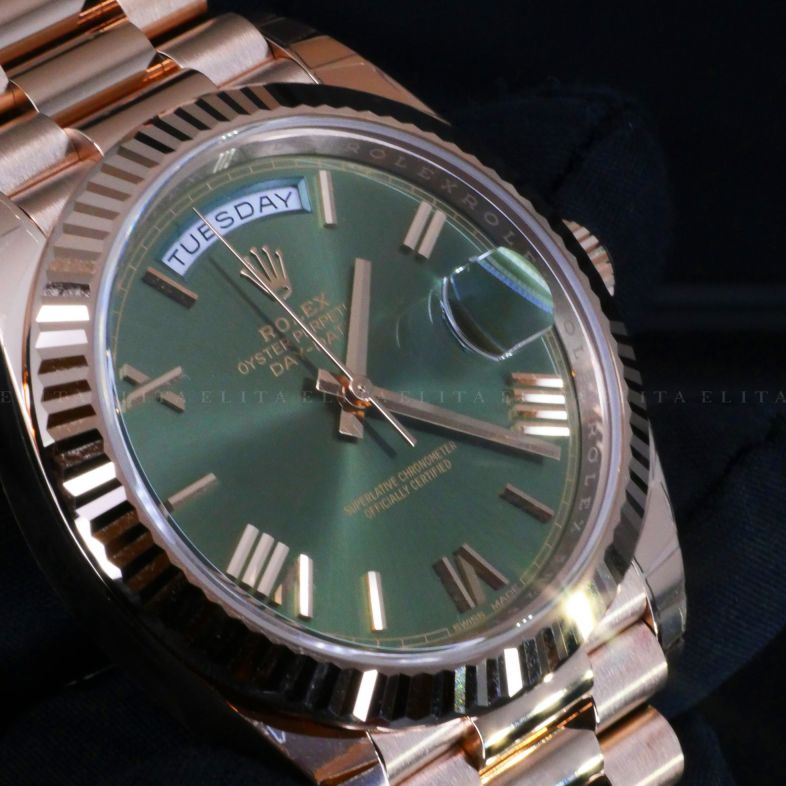 Day-Date 40 228235-0025 Everose Gold Olive Dial