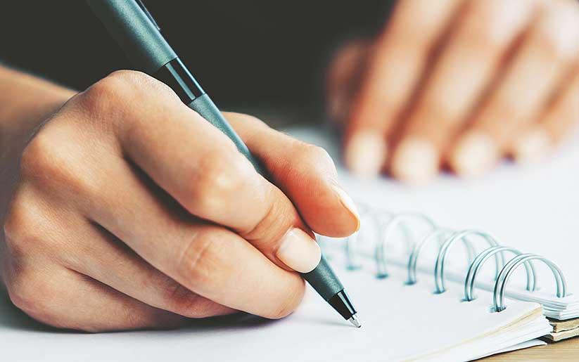 Escribir como terapia para bajar la ansiedad y estrés