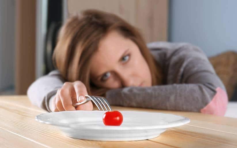 ¿Por qué la ansiedad nos altera el hambre? – Desansiedad