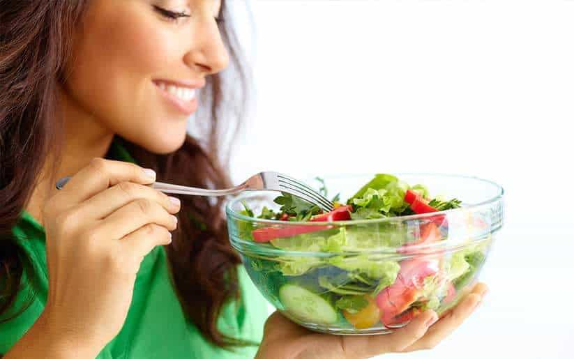 Que sí y qué no comer para bajar tu ansiedad. ¿Somos lo que comemos?