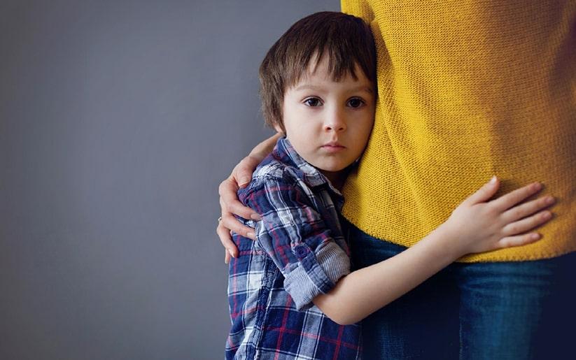 ¿Cuál es la diferencia entre proteger y sobreproteger a los niños?