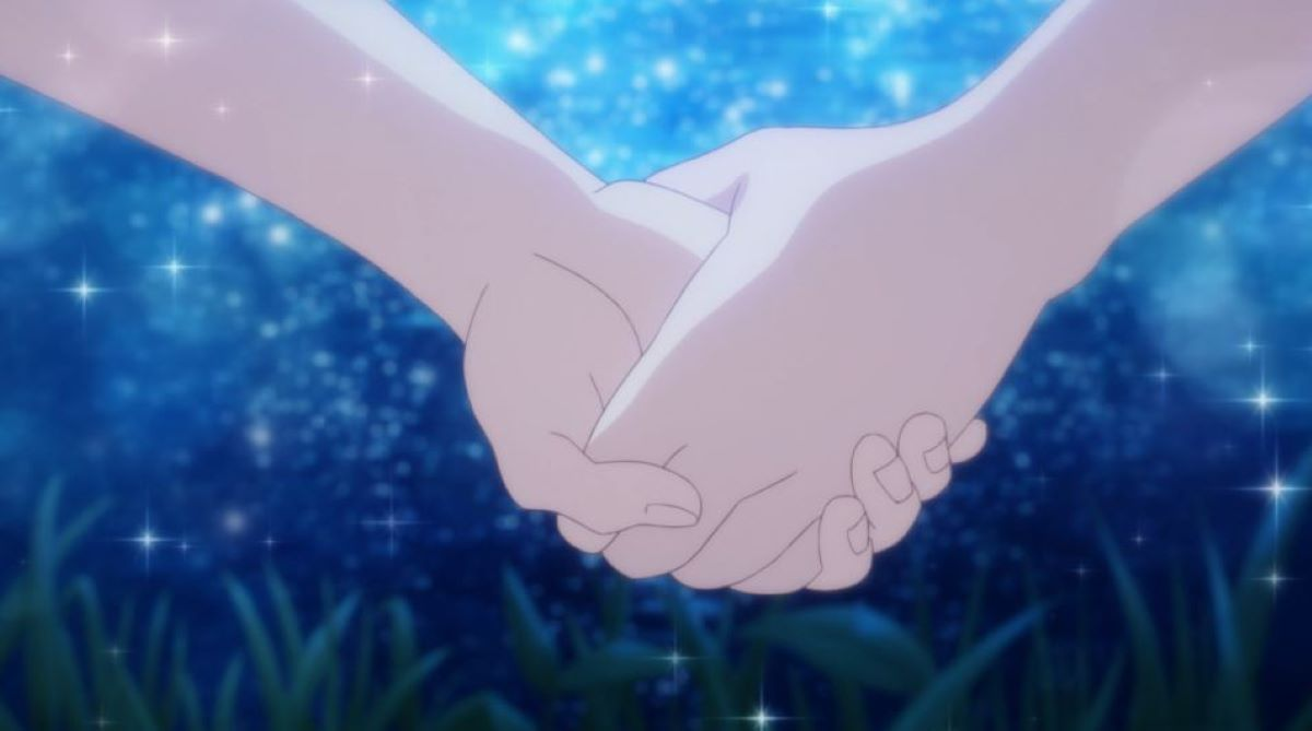 Holding hands   Real Issues   A Short Introduction to Yuri