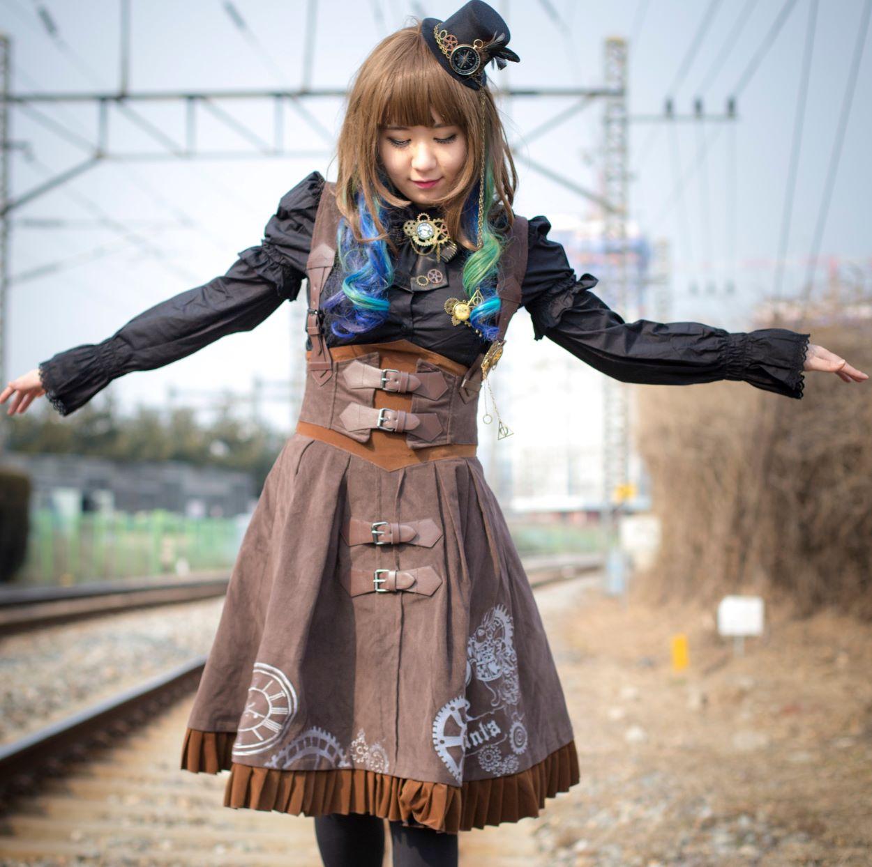 Steampunk lolita | Subcultures | Lolita Fashion