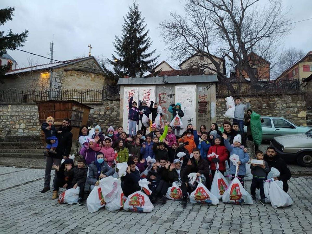 A group photo from Orahovac | 28. Jun | The Hero Program Christmas Donations