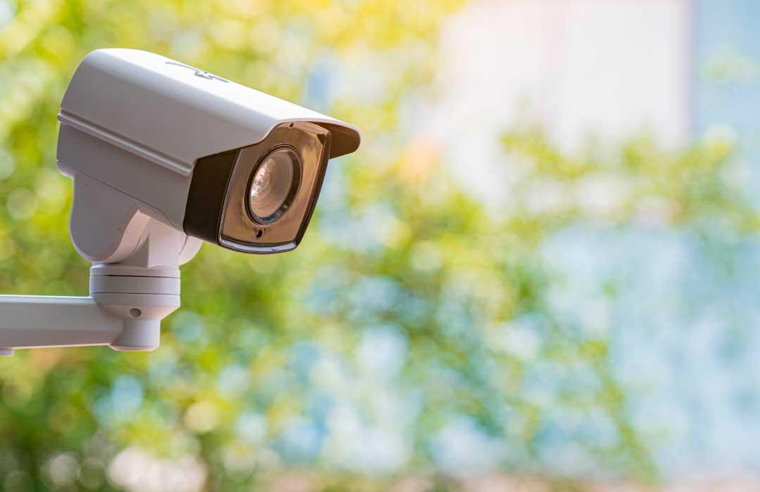 Seguridad y acceso controlado para casas en Adara Querétaro