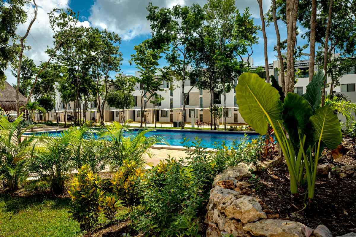 Bali Lifestyle Alberca y Áreas Verdes Casas en Riviera Maya
