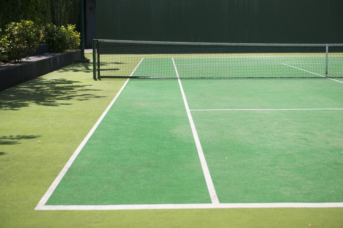 Practica y diviértete en las Canchas de Tenis en Bali Residencial tu casa en Playa del Carmen
