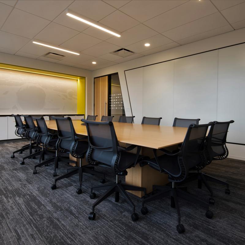 Nienkamper Vox Conference Table