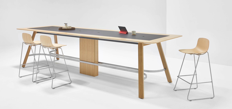 Nienkamper Metronome Trestle Table
