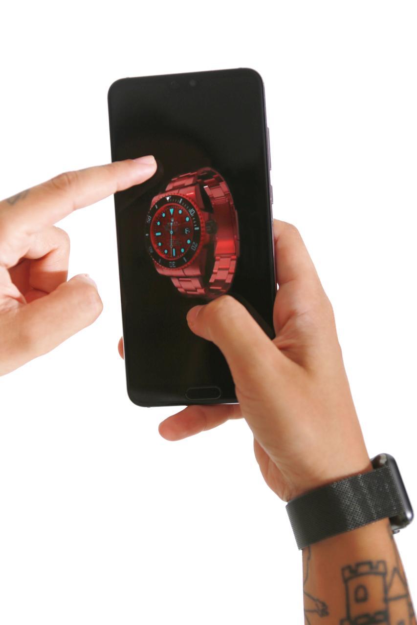Woman Customising 3D watch