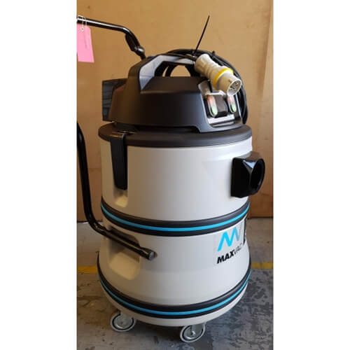 Ex-Demo DV-80 110v M-filtered vacuum cleaner (complete with accessories)