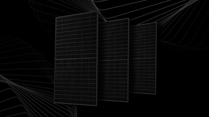 Produkcję własnych modułów PV rozpoczęła grupa Edison Energia