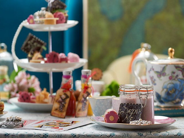 Alice in Wonderland inspired afternoon tea at the Taj Hotel