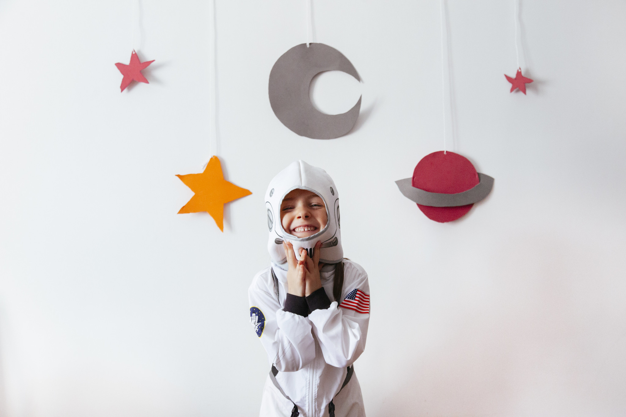 A young astronaut ready for some space crafts.