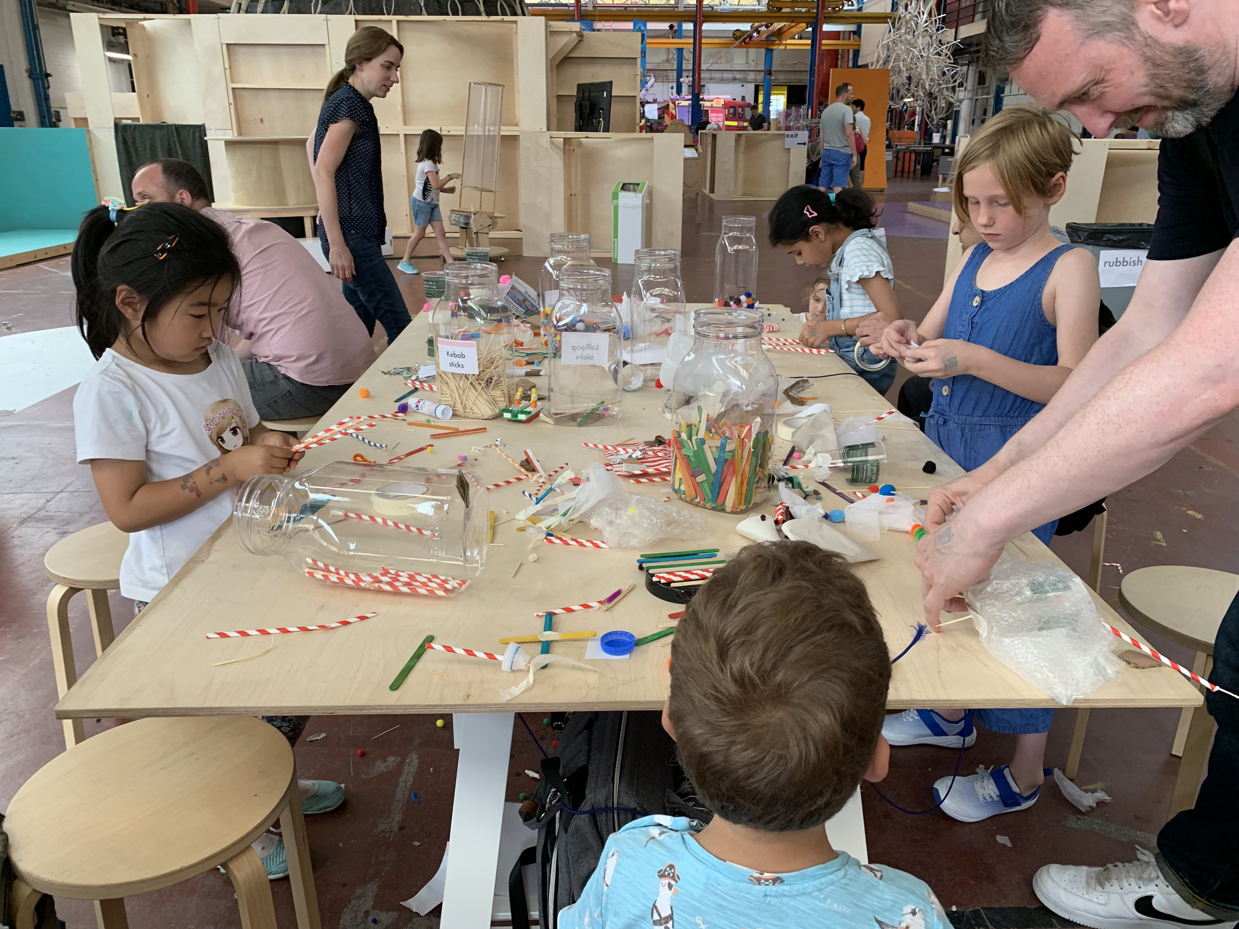 group of kids doing arts and crafts