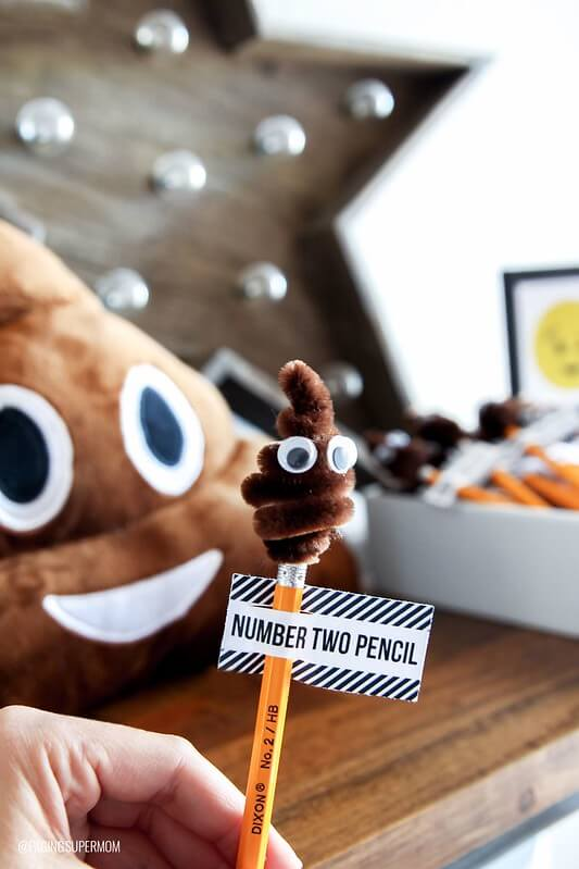 DIY Poo Pencil Topper, a fun emoji crafts