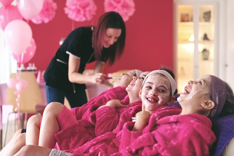 Pamper spa night birthday party ideas for 10 year olds