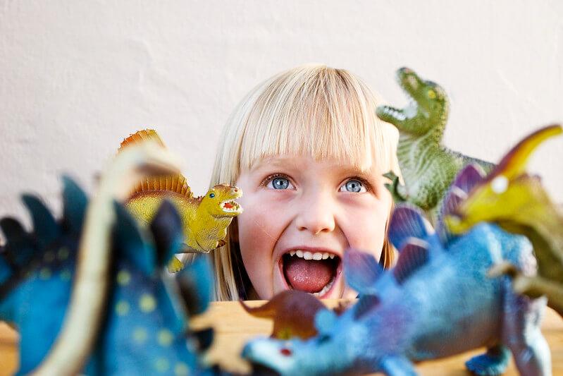 kid with dinosaur puns