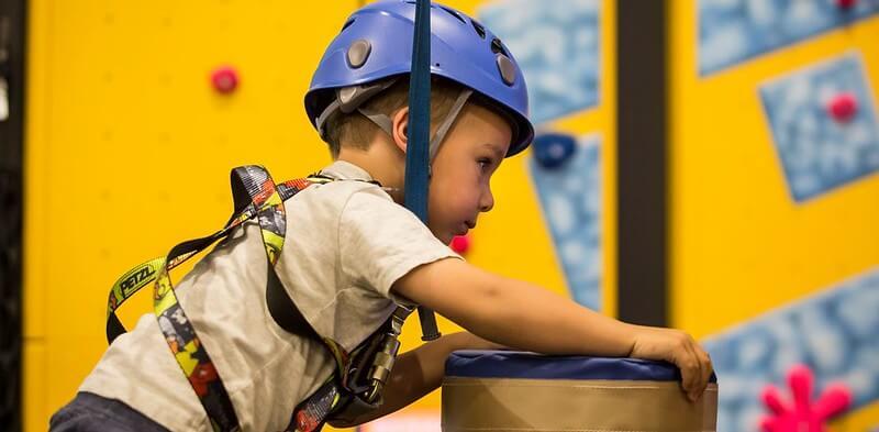 kids climbing wall watford