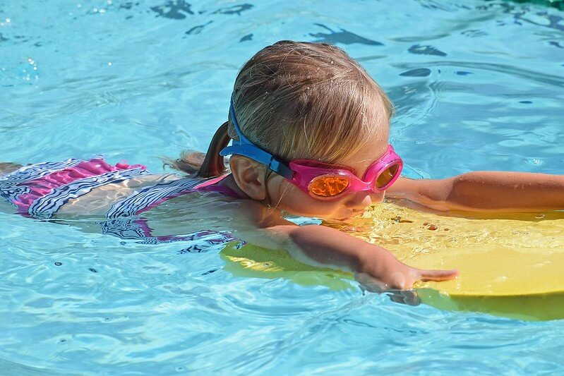 swimming activities for toddlers